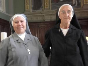 Suor Giovanna Gosmar celebra 70 anni di vita consacrata, insieme a suor Santina Ambroggio, 60 anni di vita consacrata!